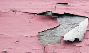 Растрескавшаяся поверхность масляной краски вызывает сомнения, так ли она хороша в эксплуатации?