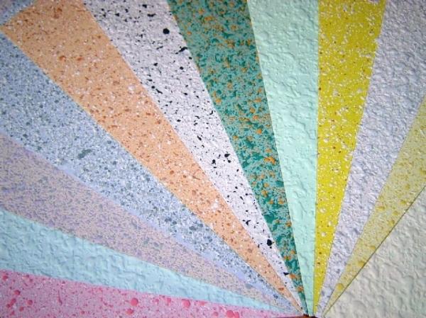 Различные вкрапления увеличивают декоративные свойства покрытия.