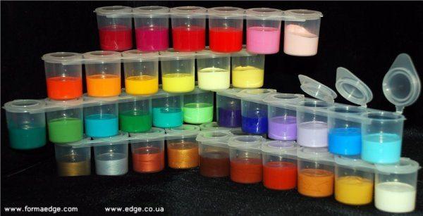 Разнообразные цвета акриловых красок