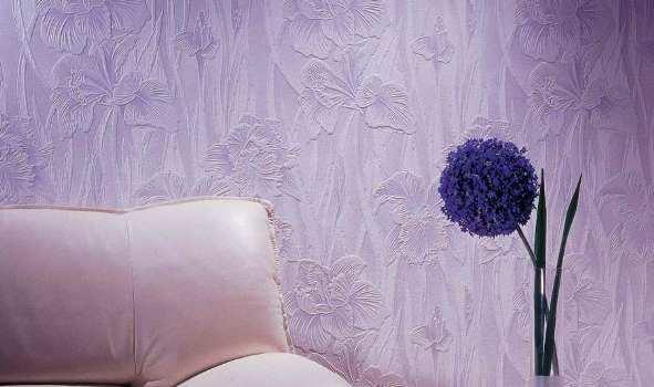 Рельефные стеклообои с рисунком в виде цветов