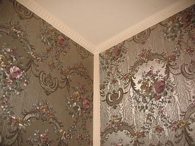 Шёлковая нить в виниловом декоративном слое создаёт невероятно роскошный дизайн