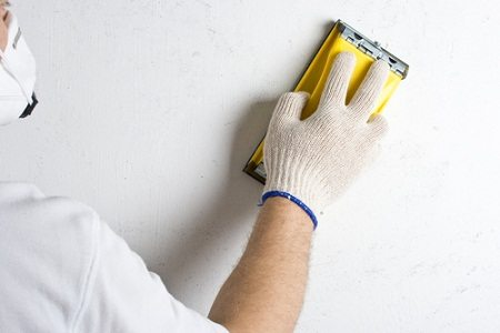 Шлифование стены под покраску