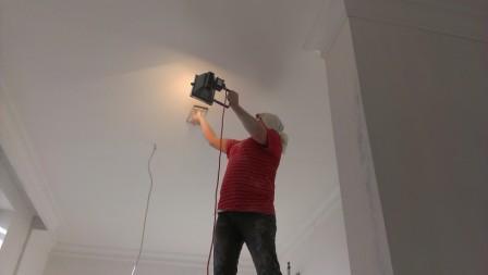Проверка качества шпатлевки потолка последовательность нанесения грунтовки и шпатлевки на стены