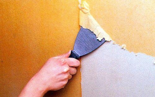 Снятие старой бумажной отделки своими руками