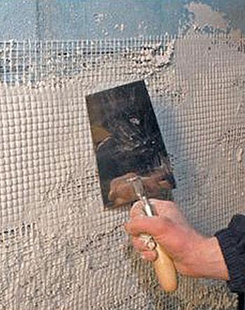 Специальная звукоизолирующая штукатурка стен из пенобетона с соблюдением дополнительных технологий – прекрасно решает главную поставленную задачу