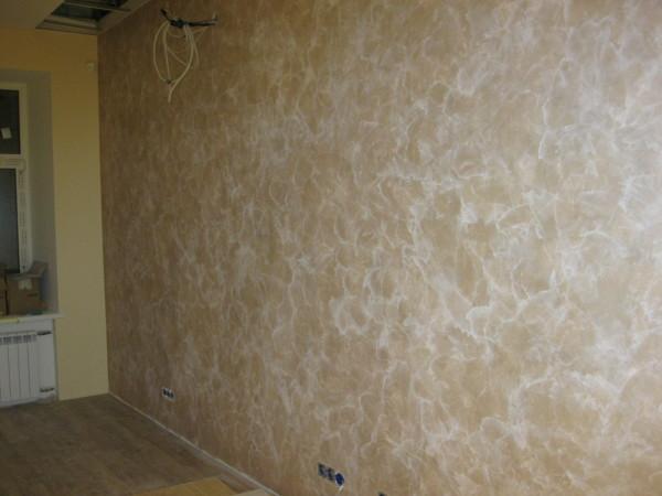 Стена, покрытая декоративной краской