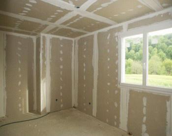 Стены из гипсокартона или чем отделать дом из бруса внутри