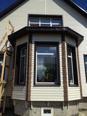 Стоимость отделки дома сайдингом во многом зависит от выбранного типа покрытия и его производителя