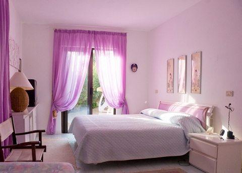 Светло-фиолетовые обои в интерьере