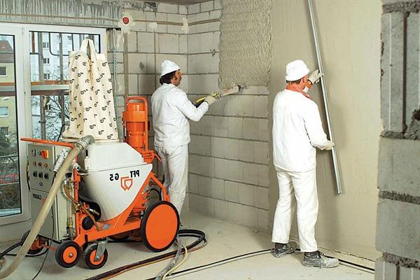 Такую стену еще предстоит покрасить.