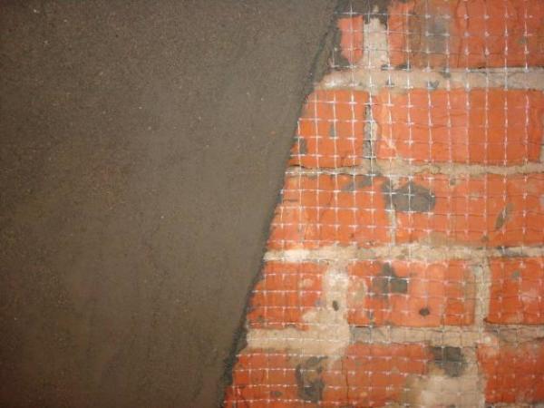 Цементная штукатурка на стекловолоконной решетке.