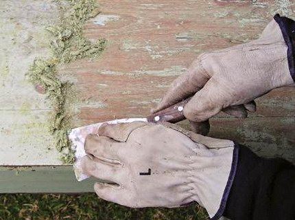 Цена этой работы не поддаётся определению, она основа всего процесса, как покрасить старый деревянный дом снаружи