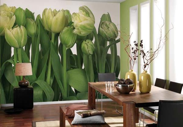 Цветы на кухне – классический вариант