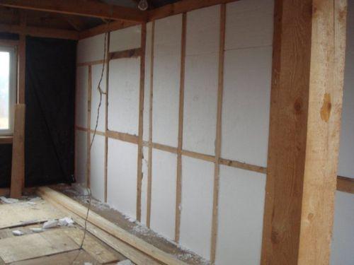 Утепление стены пенопластом в деревянном доме