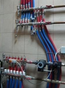 В частном доме, как правило, приходится заботиться о собственной системе водоснабжения и отопления
