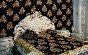 Оригинальный дизайн спальни с помощью текстильных обоев – создаем настроение комнаты собственноручно!