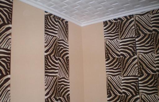 Вертикальные полосы зрительно делают потолок более высоким