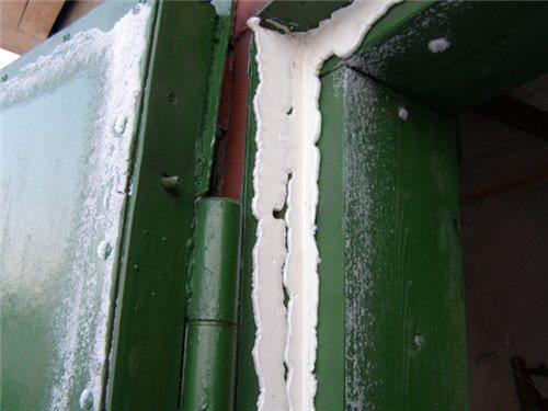 Влага и мороз способны достать самые скрытие участки.
