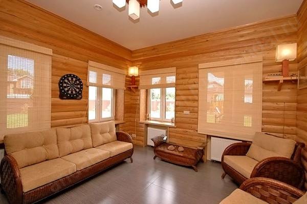 Внутренняя отделка блокхаусом – один из множества вариантов, которые предлагаются деревообрабатывающей промышленностью