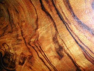 Вощеная древесина.