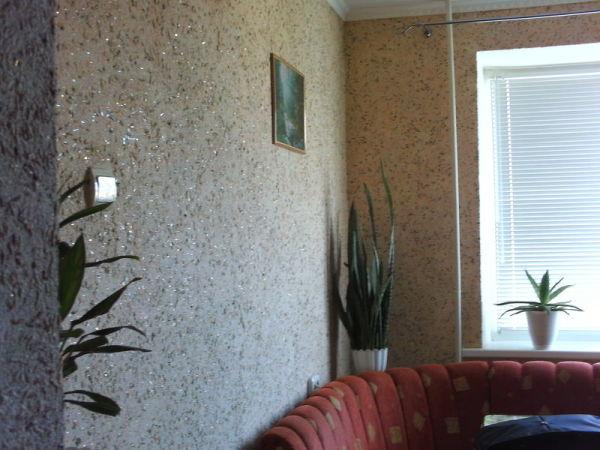 Жидкие обои для стен в дизайне для зала